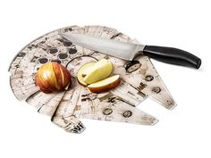 "Tend to get bored when preparing meals? This Millennium Falcon chopping board can help any scruffy-looking nerf herder or ""Star Wars"" chef speed things up in the kitchen."