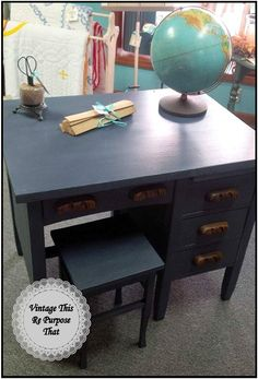 Refinished desk in CeCe Caldwell's Paints Newport Navy #cececaldwellspaints #paintedfurniture #newportnavy #vintagedesk #globedecor #navy