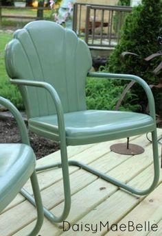 painting old metal chairs, vintage metal chairs, metals, paint metal, furnitur redo, paints, diy, garden, vintag metal