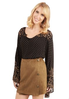 Butterscotch and Soda Skirt. Sitting in the cocktail lounge, you sway and sip confidently in this rich butterscotch-brown skirt! #brown #modcloth