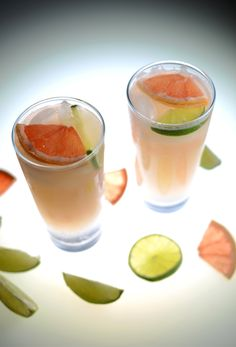 Grapefruit Lime Spritzers by minimalistbaker #Cocktail #Grapefruit #Lime