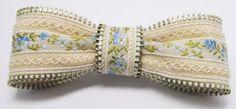 de zipper, hair ribbons, zipper crafts, fabric bows, diy zipper, ribbon bows, hair bows, zippers, zipper bow