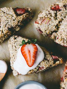 Strawberry rhubarb scones with sweet cream