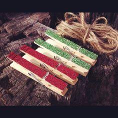Christmas Clothepin Card Holder