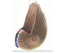 crochet baskets, basket pattern, nautilus shell