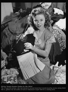 Shirley Temple donates clothes during WWII at age 17