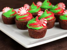 Holiday Mini Mint Cookie Cups