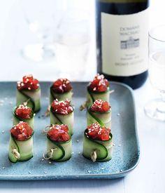 Spicy tuna rolls - Gourmet Traveller