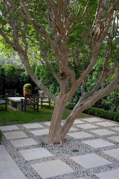 "Jewel Box Garden ~ ""…in suburban Hurstville, Sydney… by foremost Australian landscape designer Paul Bangay."