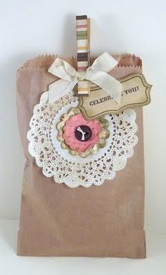 doili, paper bags, clothespin diy, brown bags, creative clothespin