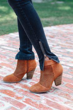 Zip skinnies + boots