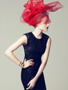 Portrait - Fashion - Editorial - Photography - Red - Black - Pose