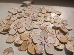 Make 100 Flowers in 20 minutes (cricut cutting, distressing, & glittering) 100 flower, make flowers