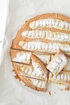 http://www.mojewypieki.com/przepis/mazurek-jogurtowy-z-biala-czekolada-i-migdalami #wielkanoc #przepisy #Amica #InteligentnyStyl