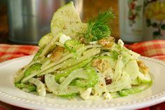 Fennel & Pear Salad with Red Wine Vinaigrette by summertomato #Salad #Fennel #Pear #Healthy