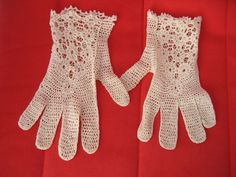 VINTAGE CROCHET COTTON LACE GLOVES. SIZE SMALL - MEDIUM. NEVER WORN. | eBay