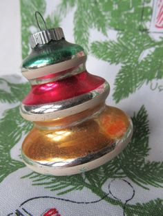 1940s Shiny Brite Bell Ornament