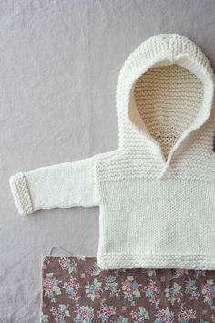 basics for babe ebook, tokyo hoodie by carrie bostick hoge / quince & co. osprey