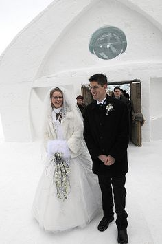 Marie-Eve & Alexandre's ice and snow winter wedding