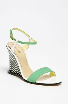 love. these. wedges.