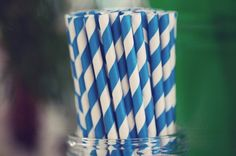 paper straws, blue straw, blue parti
