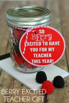 BERRY excited Teacher Gift with FREE printable gift tag (including neighbor & friend tags too!)