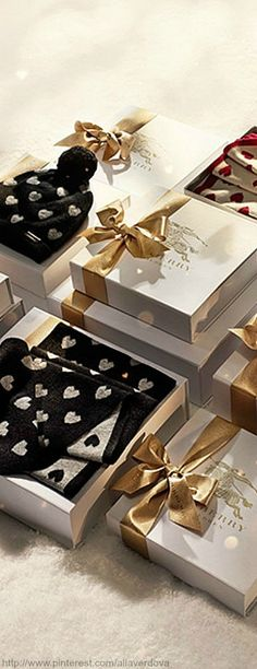 Burberry for Christmas ♥✤ | KeepSmiling | BeStayClassy
