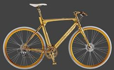 Gold Men's bike by Danish brand AVENUE