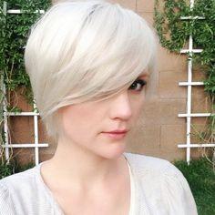 pixie hairstyles, blond pixi, blonde pixie haircut, light blond, fring, short white blonde hair