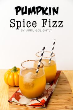 This week I made my Sweet'N Low Pumpkin Spice Fizz with pumpkin butter #SweetNLowStars #Ad