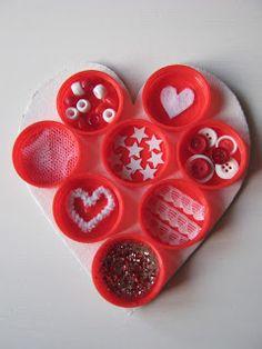 The Craft-Arty Kid: Bottle Top Valentine
