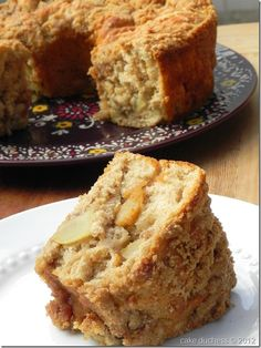 Apple Coffee Cake..Looks Delicious!