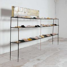 .shoe display