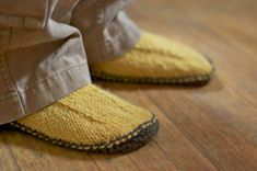 Knitting Pattern   Simple Slippers  PDF Pattern by thesittingtree