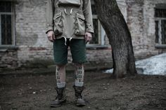 muted, tattoo and amerkanji in Russia? I dig it. minus the socks and bean boots....