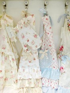 Very cute Aprons   via Michelle