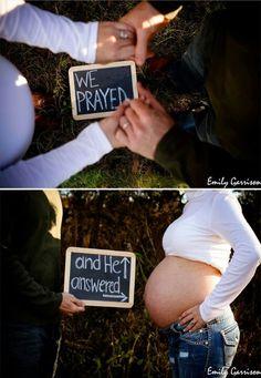 Pregnancy photo pregnancy announcements, idea, maternity photos, pregnancy photos, maternity pics, maternity pictures, baby announcements, babi, maternity shoots