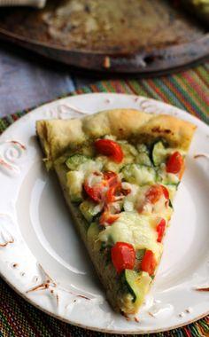Cherry Tomato & Zucchini Pesto Pizza! #recipe #pizza #zucchini #cherrytomato #tomato pesto pizza, pizza recipes, food pizza, cherri tomato