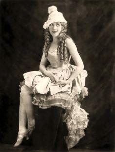 MARY PICKFORD ( 1892-1979 ).