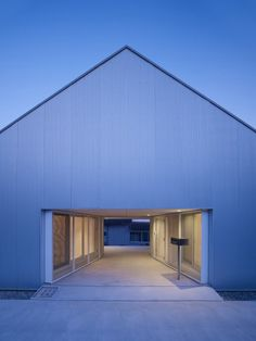 Cloudy house / TAKAO SHIOTSUKA ATELIER