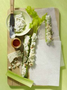 Need a quick and easy appetizer? Buffalo-style celery sticks are healthy, easy to make and super satisfying.
