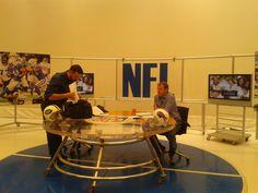 @azanoniplus y Moi preparados para el Jets-Bills...