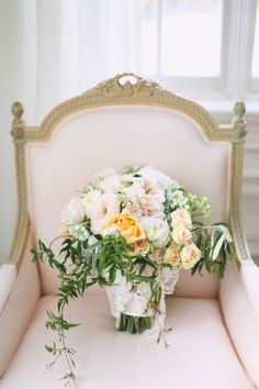 Stunning bouquet - Urban Chateau Floral - Michelle Leo Events - Jacque Lynn Photography