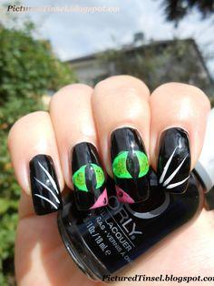 PicturedTinsel: Halloween Weeks Part 8 - Black Cat Mani - Black Cat Nails