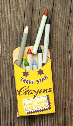 Love these vintage crayons
