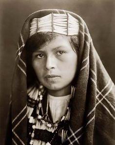 Edward Curtis -- Beautiful Quinault Indian Girl