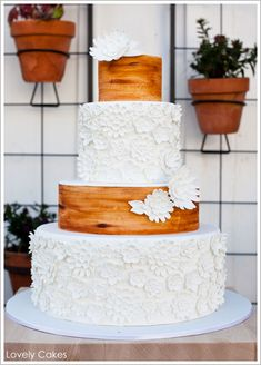 Such an awesome cake  http://www.lovelycakes.net/