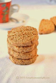 Biscotti al farro senza zucchero, ricetta vegana