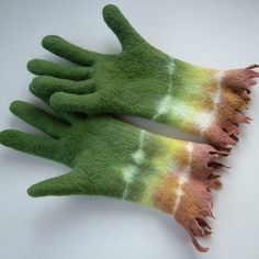 Felted gloves
