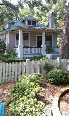 white picket fences, coastal cottage, art crafts, little houses, beach houses in south carolina, dream, craftsman bungalows, little cottages, cottages & bungalows